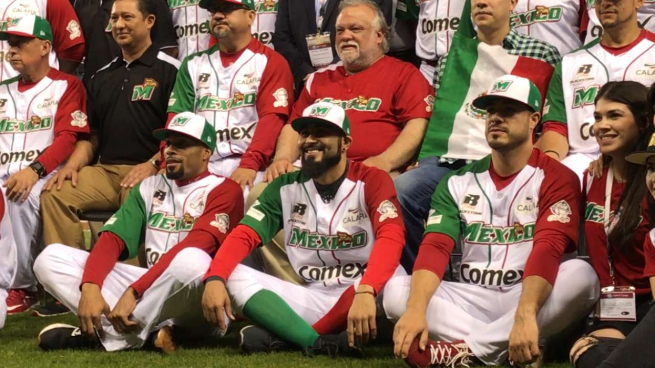 Mexico stuns Venezuela with walk-off slam