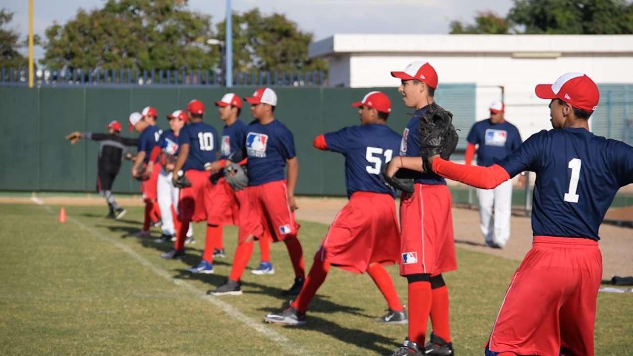 Academia de MLB en Culiacán ayuda a fomentar el béisbol en México