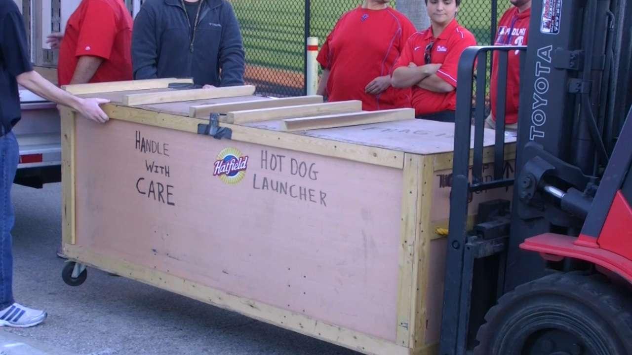 Phillies truck arrives