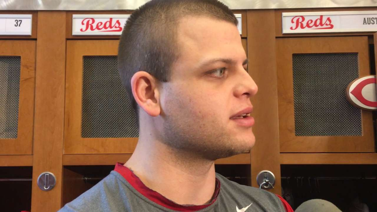 Mesoraco progressing, taking it slow early in camp