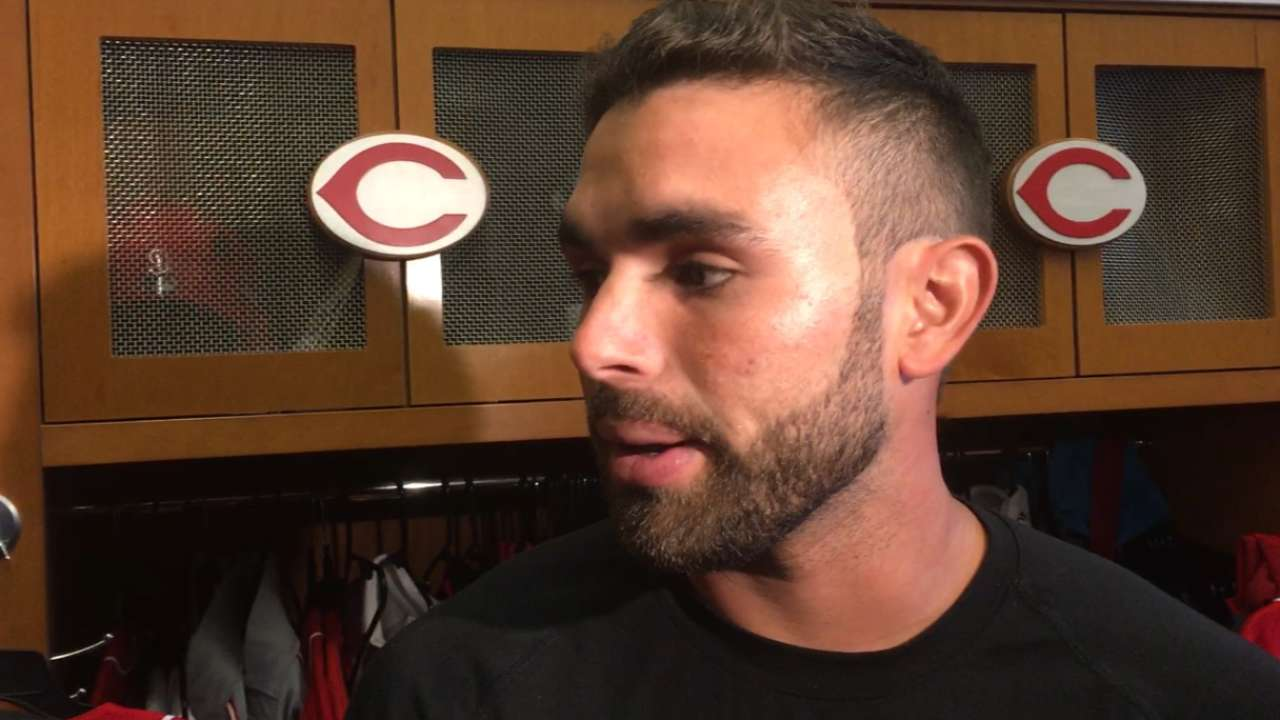 Peraza looks like starter at second for Reds