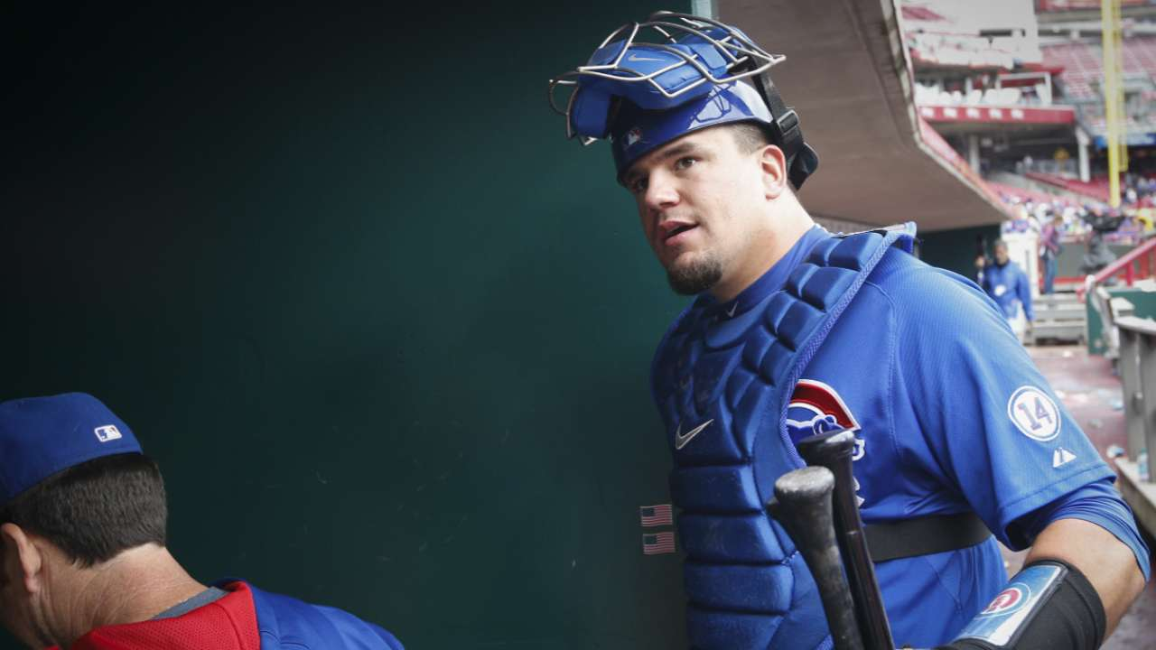 Schwarber to get time behind plate this spring
