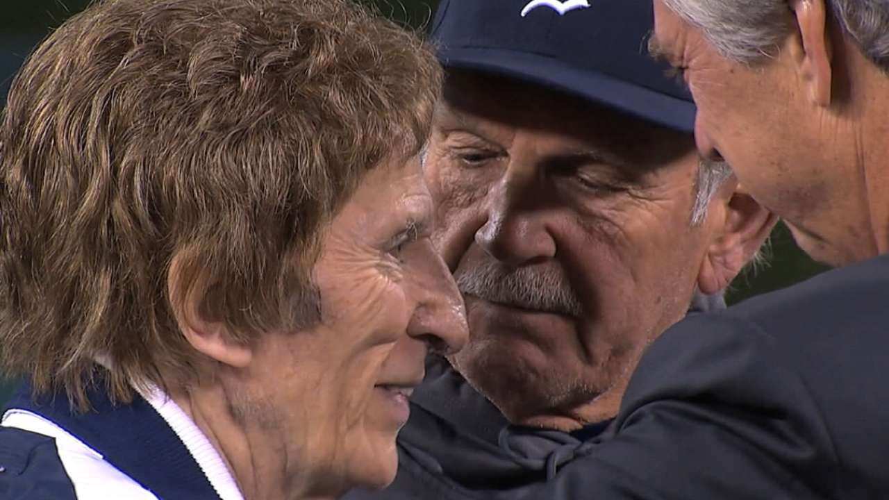 Commissioner: Ilitch was 'best of baseball'