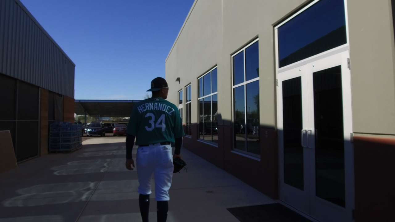 Mariners starters throw first spring session
