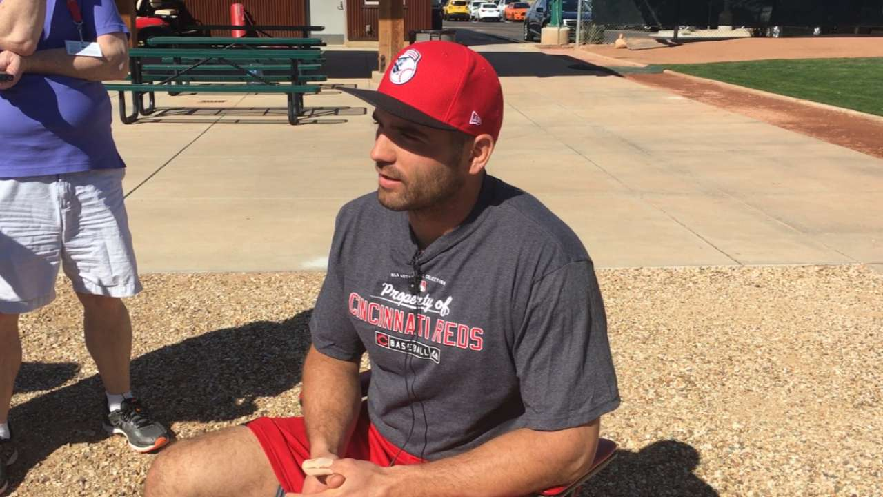 Seasoned Votto embracing new wave of players