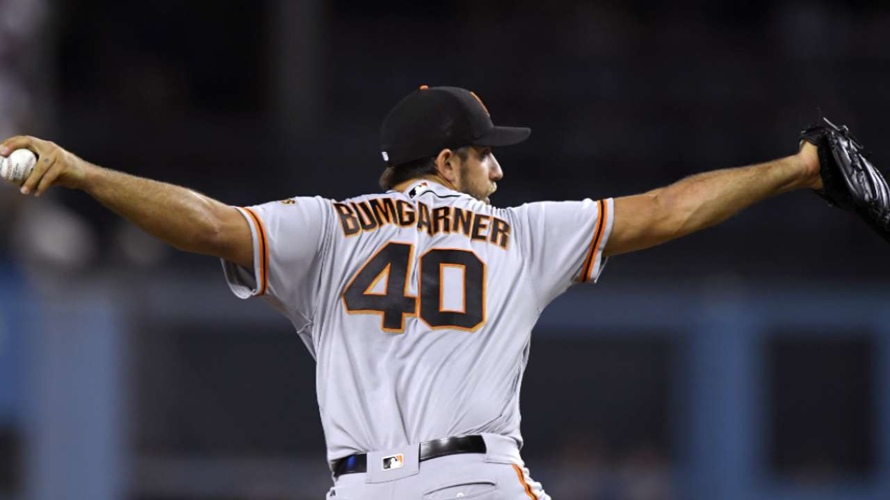 Bumgarner expecting to start Cactus opener