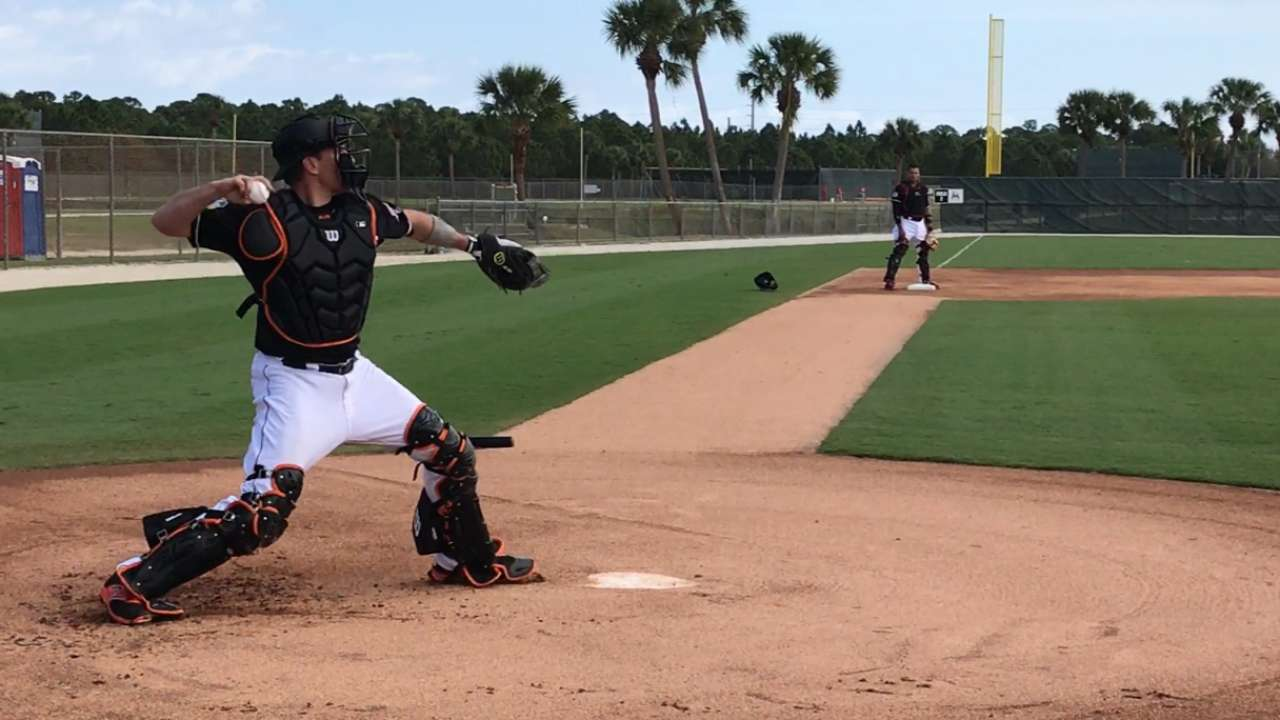 Ellis fitting in among familiar Marlins faces