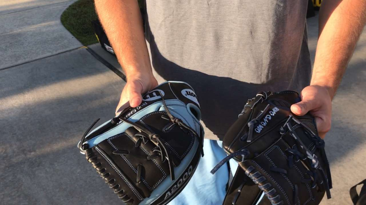 Glove at first sight: Rays rejoice on Glove Day