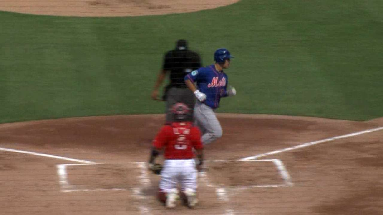 Roster hopeful Conforto announces presence early