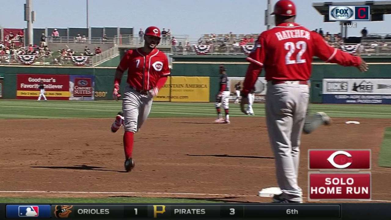 Votto makes spring debut; Suarez homers