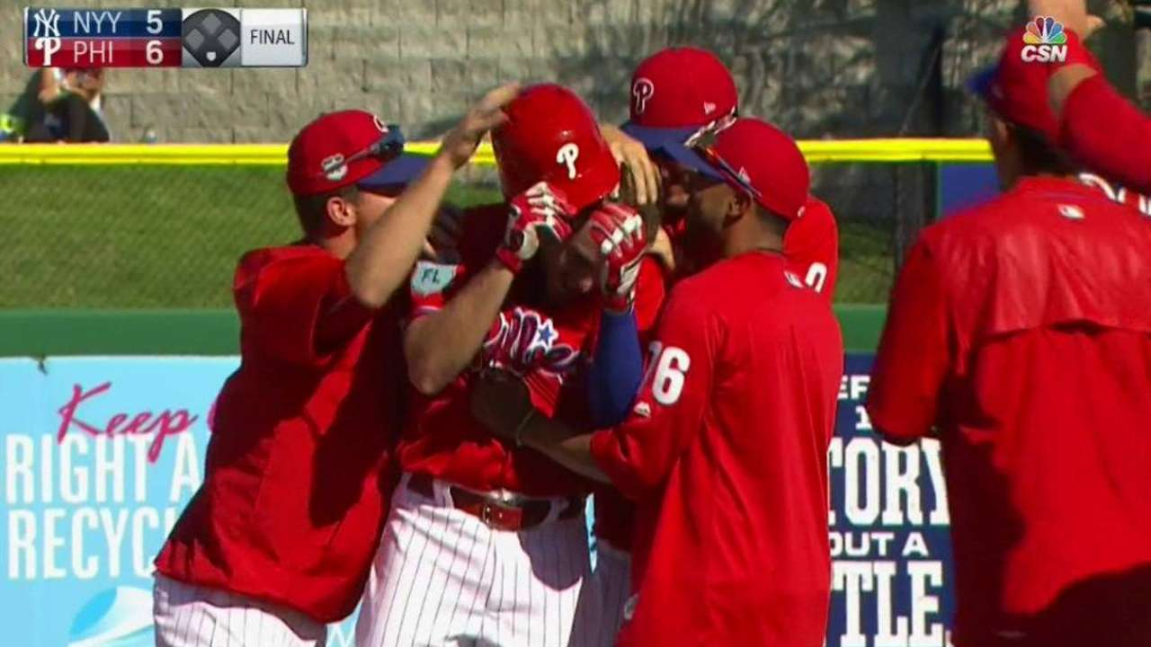 Stassi makes case as Phils spring to walk-off