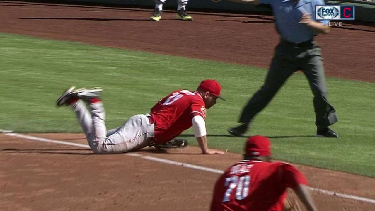 Votto working diligently on defense