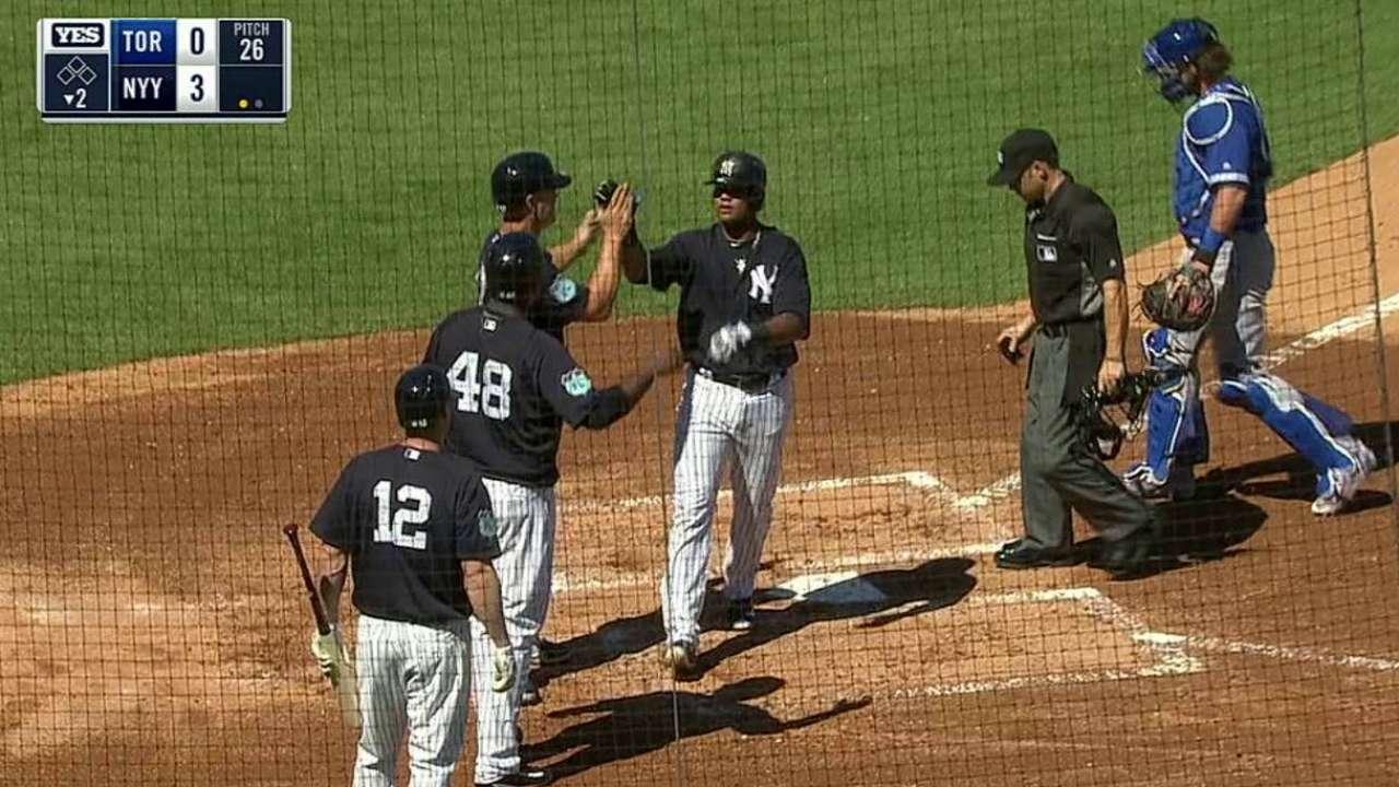 Starlin homers, Severino sharp in win vs. Jays
