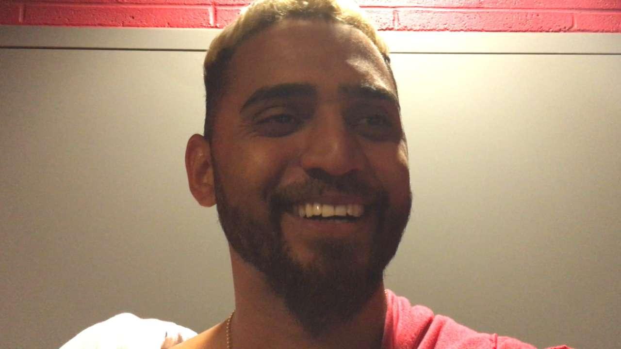 Salazar shines in Series rematch