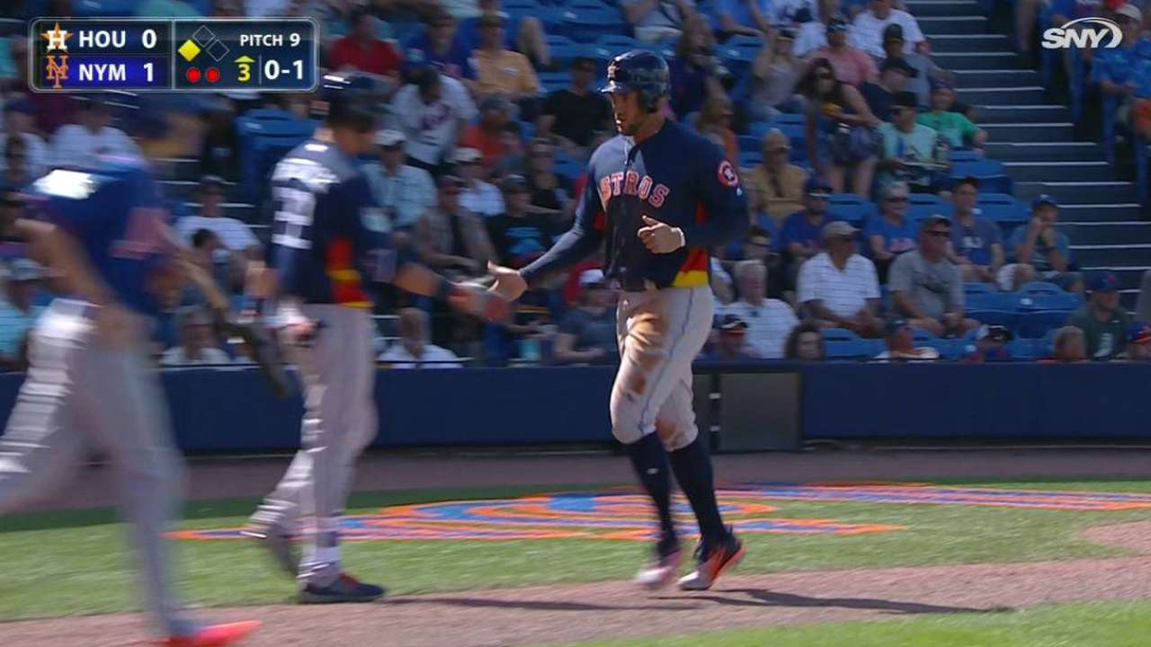 Altuve contributes to cause in spring debut