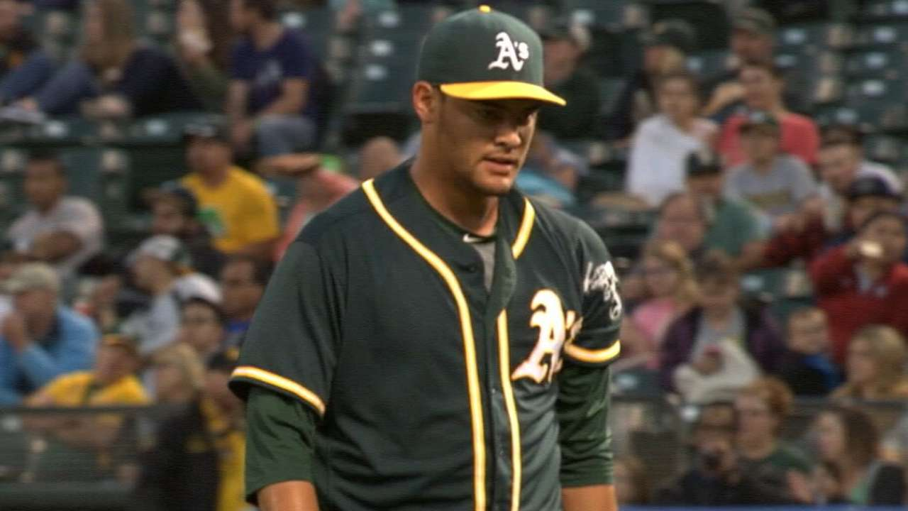 Manaea sharp in spring debut, whiffs Posey