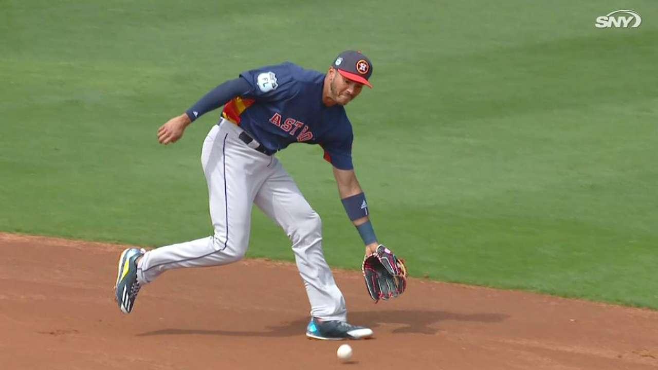 Correa's spinning throw