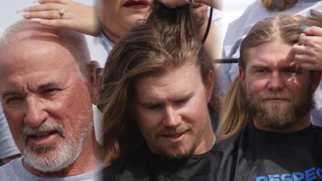 Hairs, the throne: Cubs' beautiful bald move