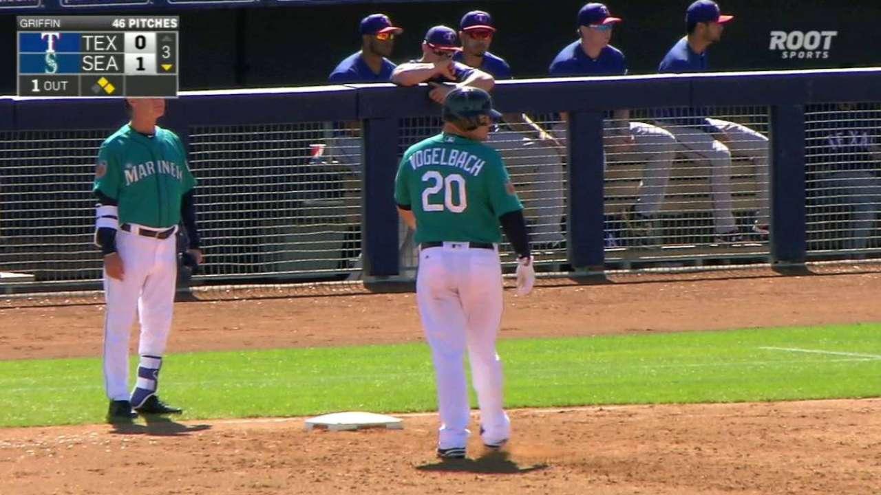 Mariners call up first baseman Vogelbach