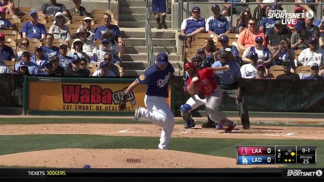 Ryu's behind-the-back stop