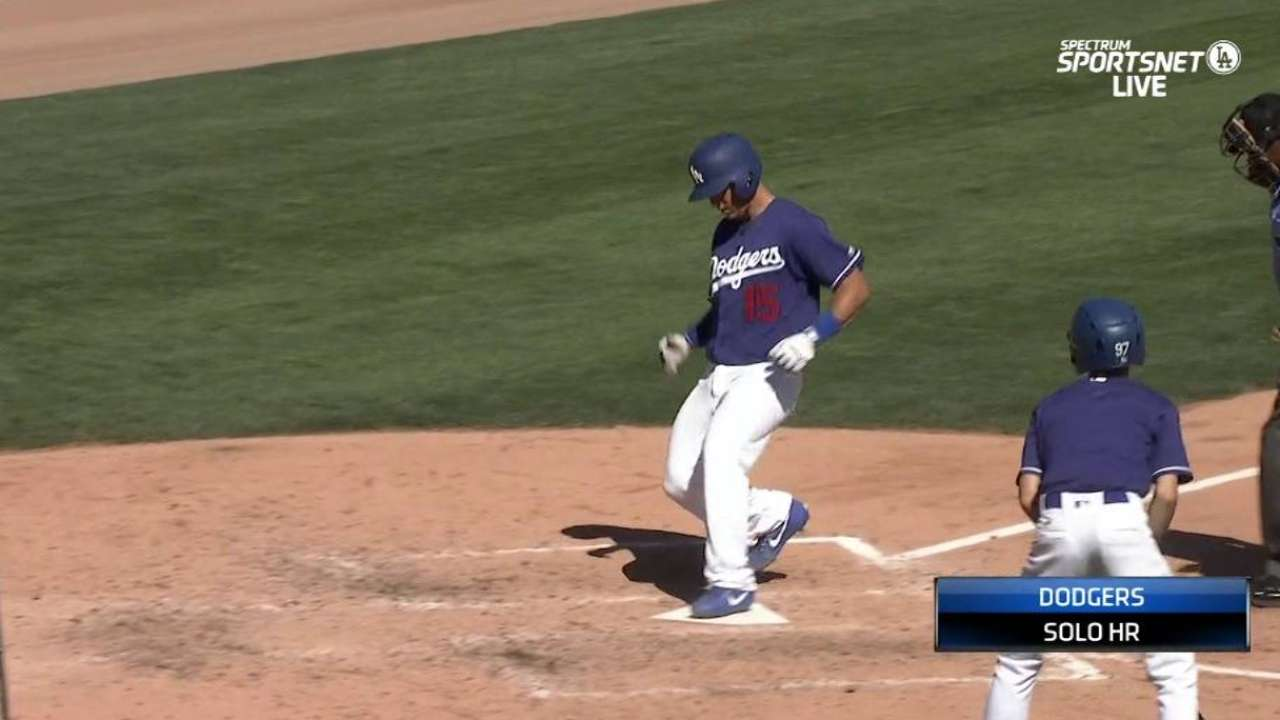 Barnes homers, Ryu tosses pair of scoreless frames