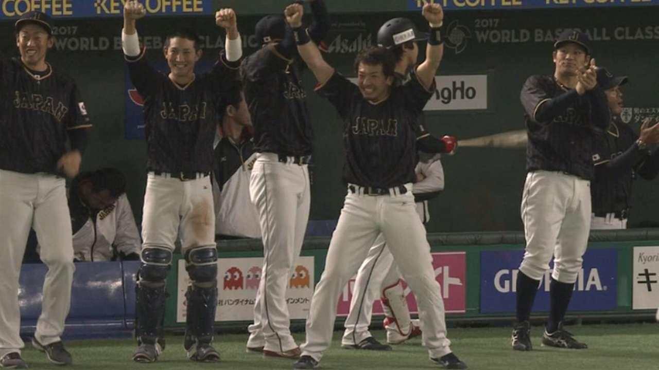 Big Sho: Nakata leads Japan past Dutch in 11