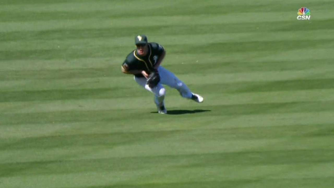 Canha's diving catch