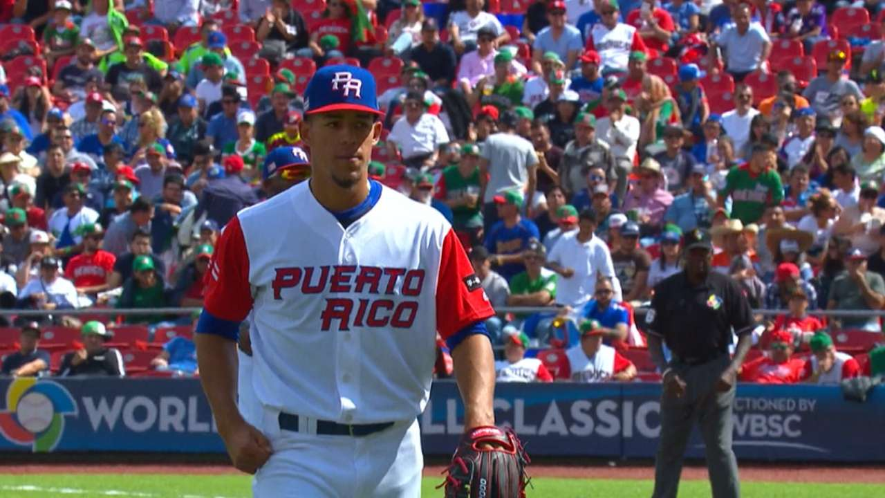 Berrios fans six vs. Italy