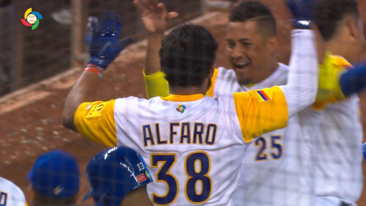 Must C: Alfaro hits clutch homer