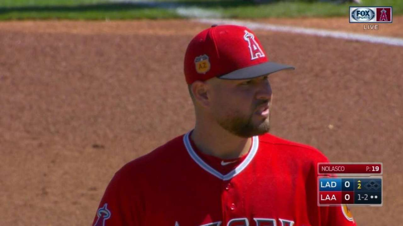 Pujols' first homer not enough vs. Dodgers