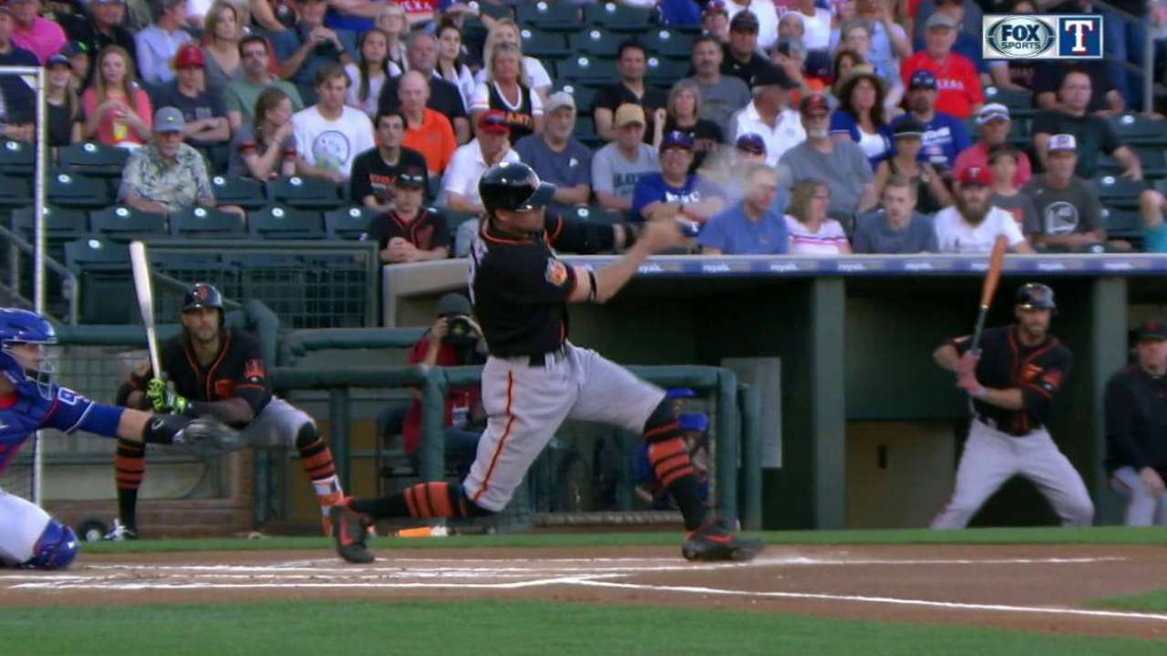 Pence's single drives in Span