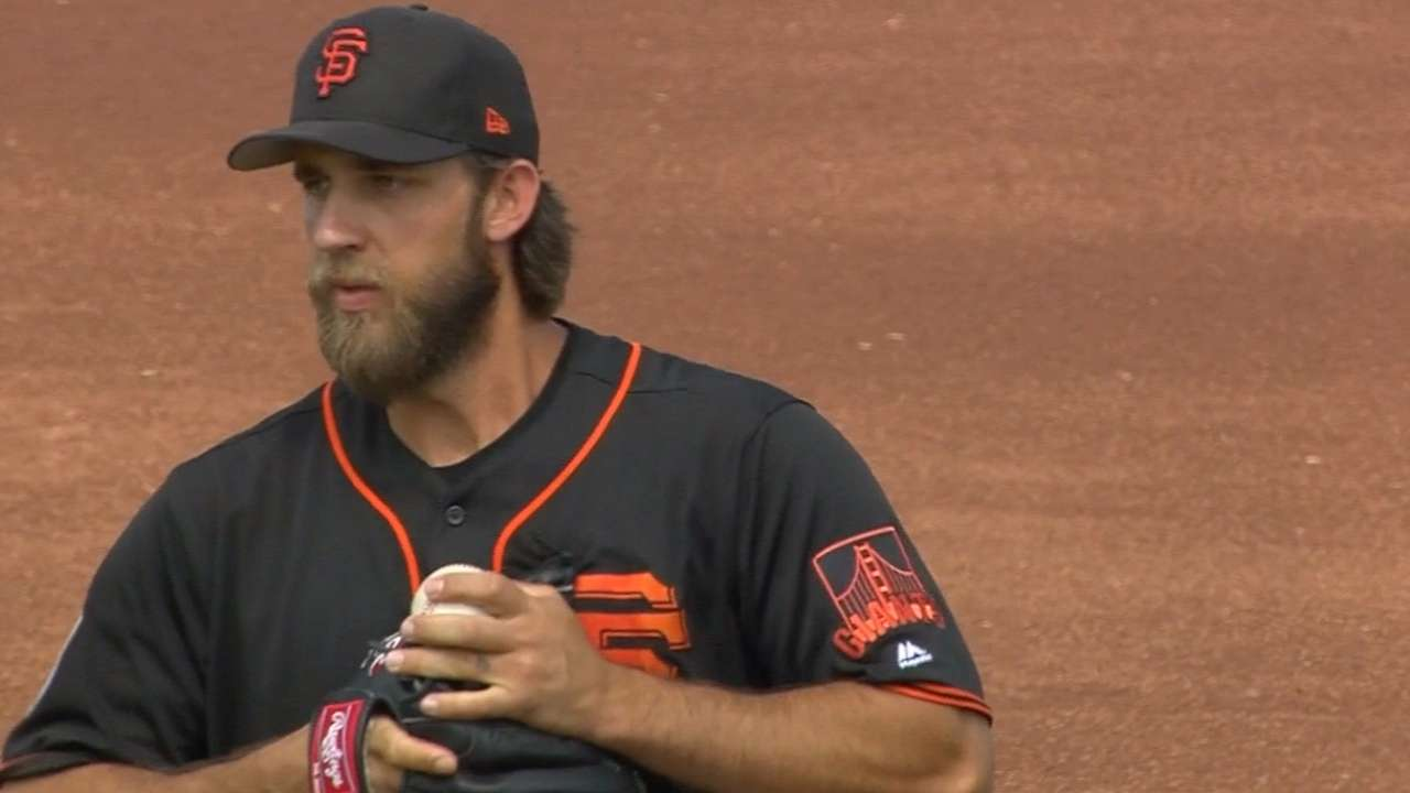 Pickup 6: Efficiency allows Bumgarner to stretch