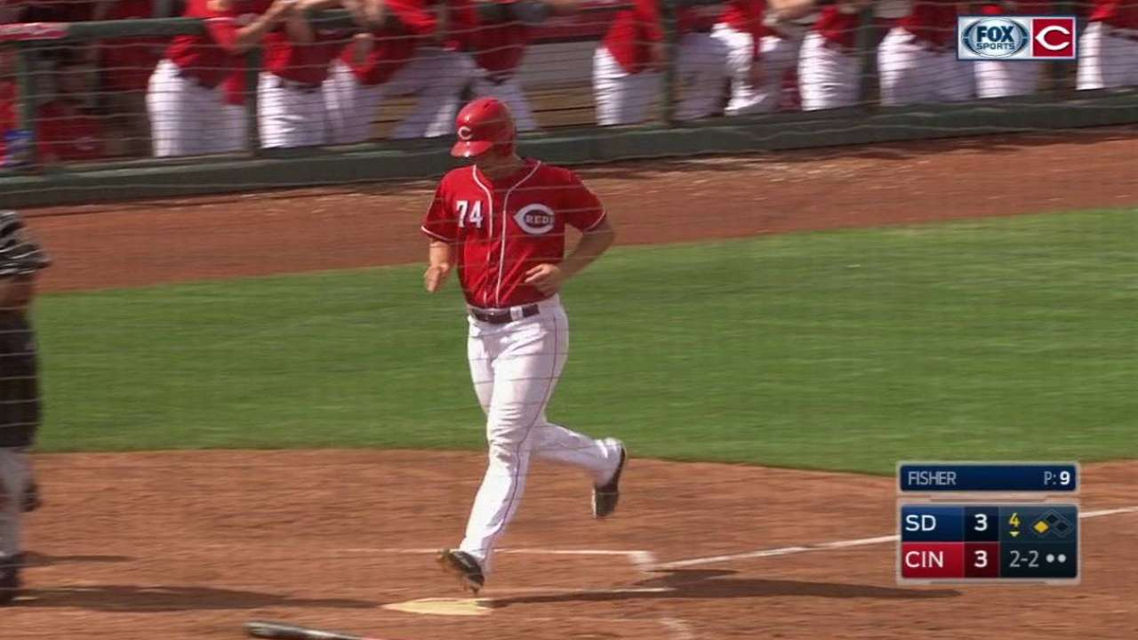 Hamilton has big day, Reed K's 7 in Reds win