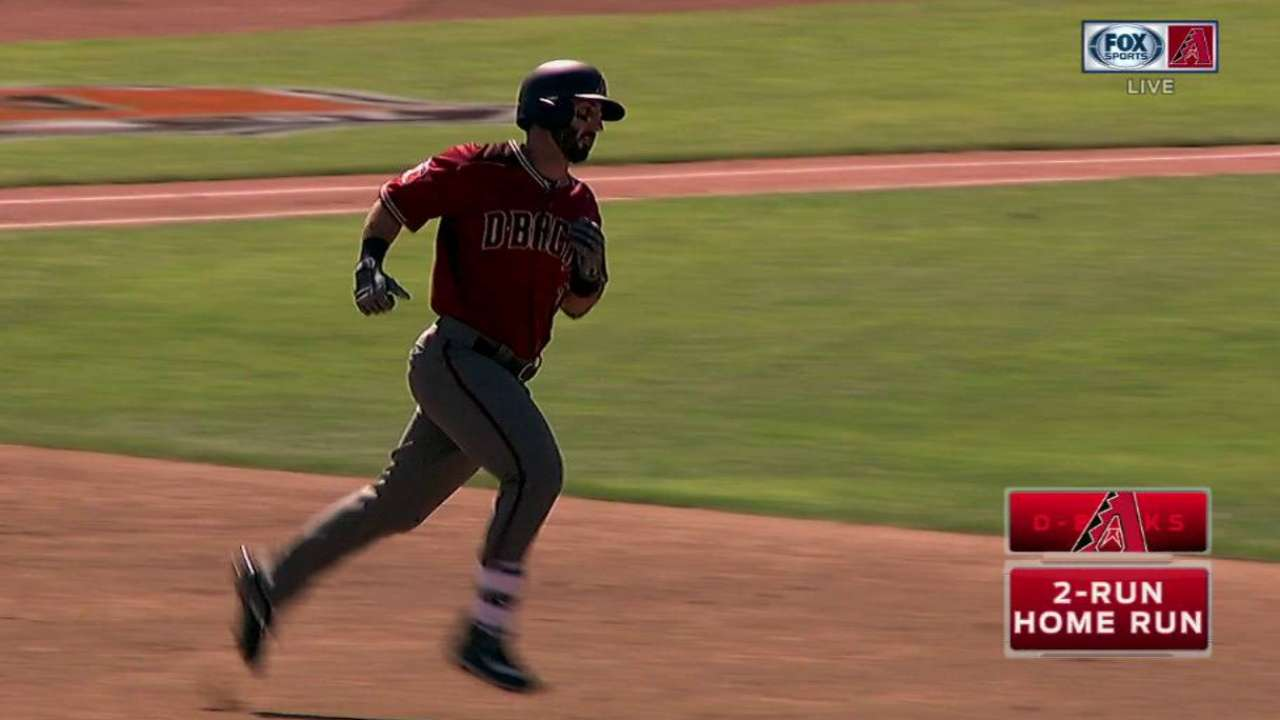 Peralta, Descalso homer against Brewers