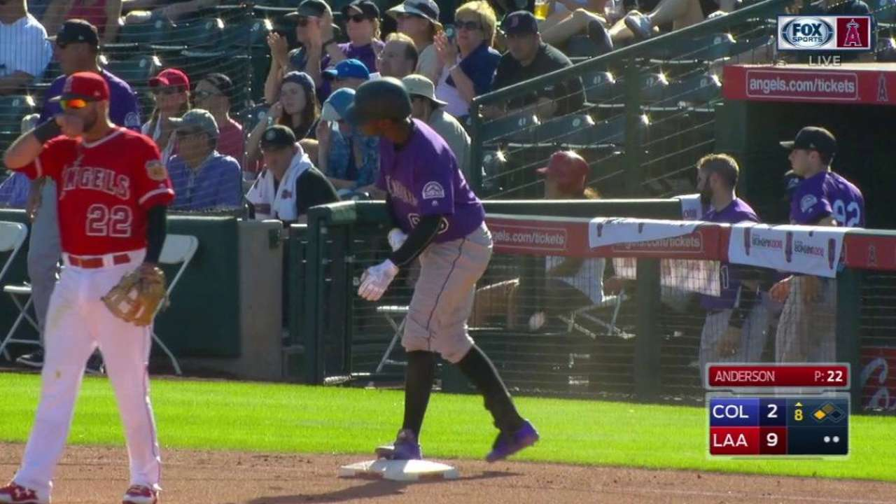 Rockies promote Tapia to bolster bench