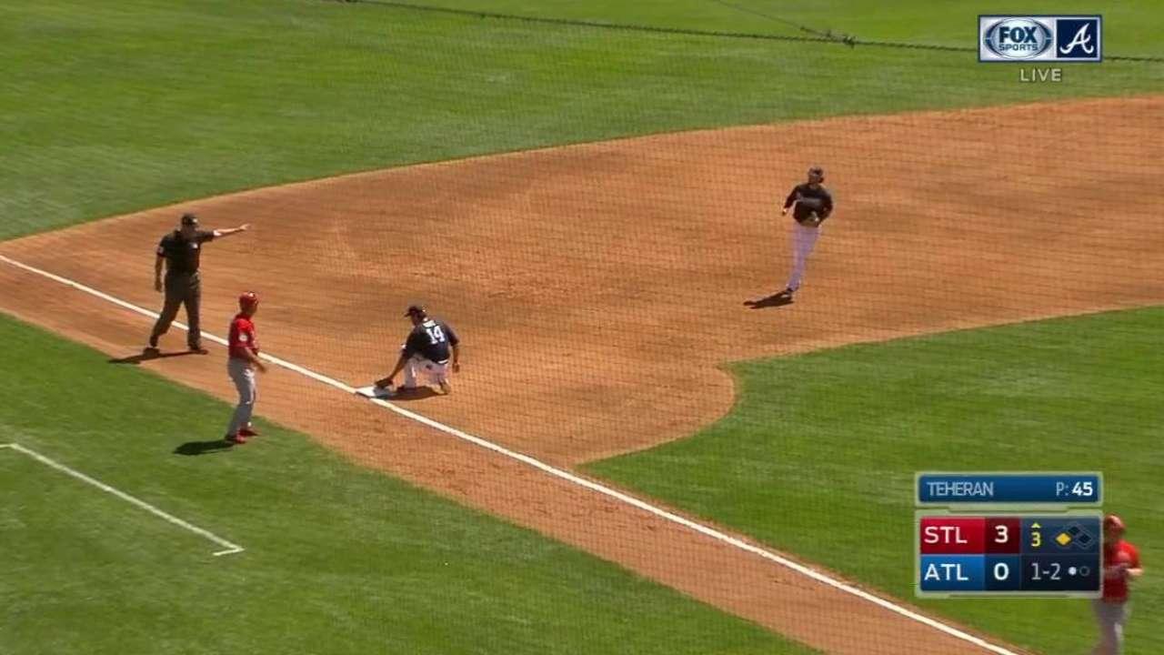 Ruiz snatches line drive
