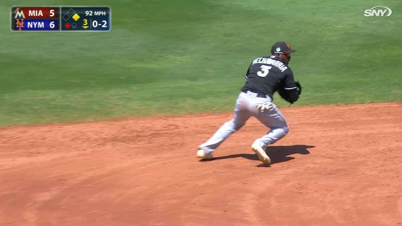 Hechavarria's backhanded stop