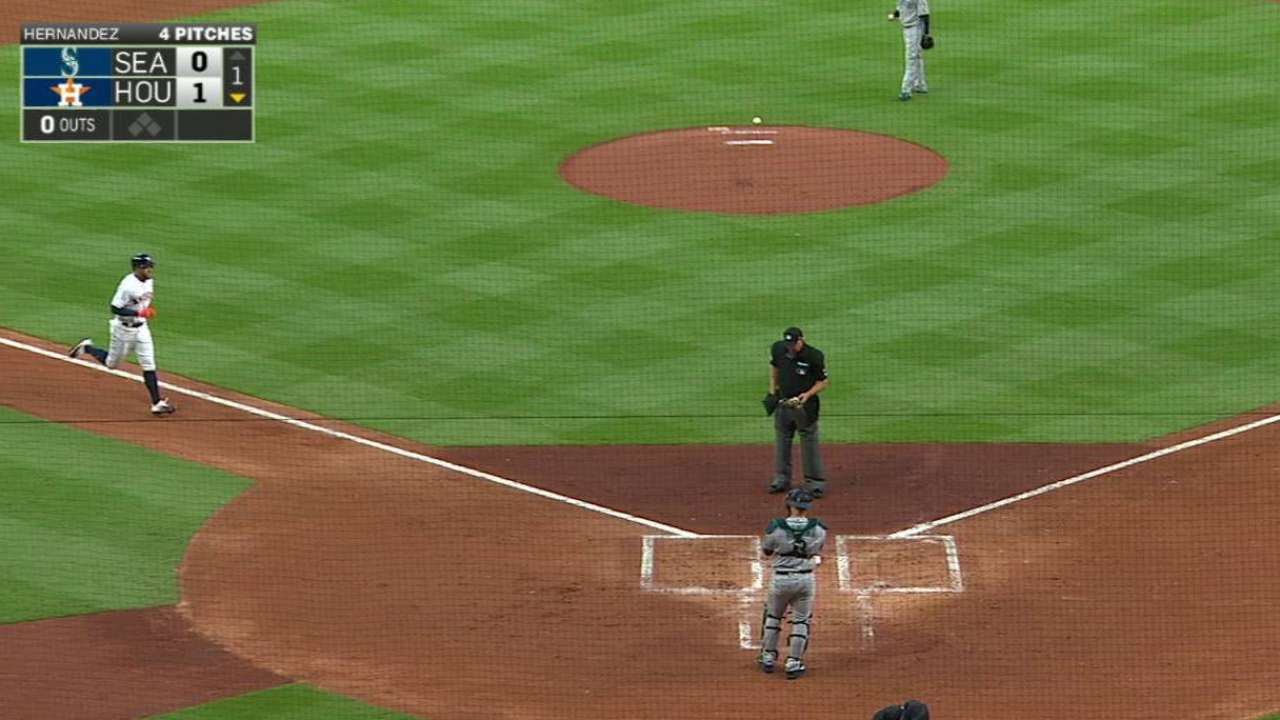 Springer, Correa power up in Astros' opener