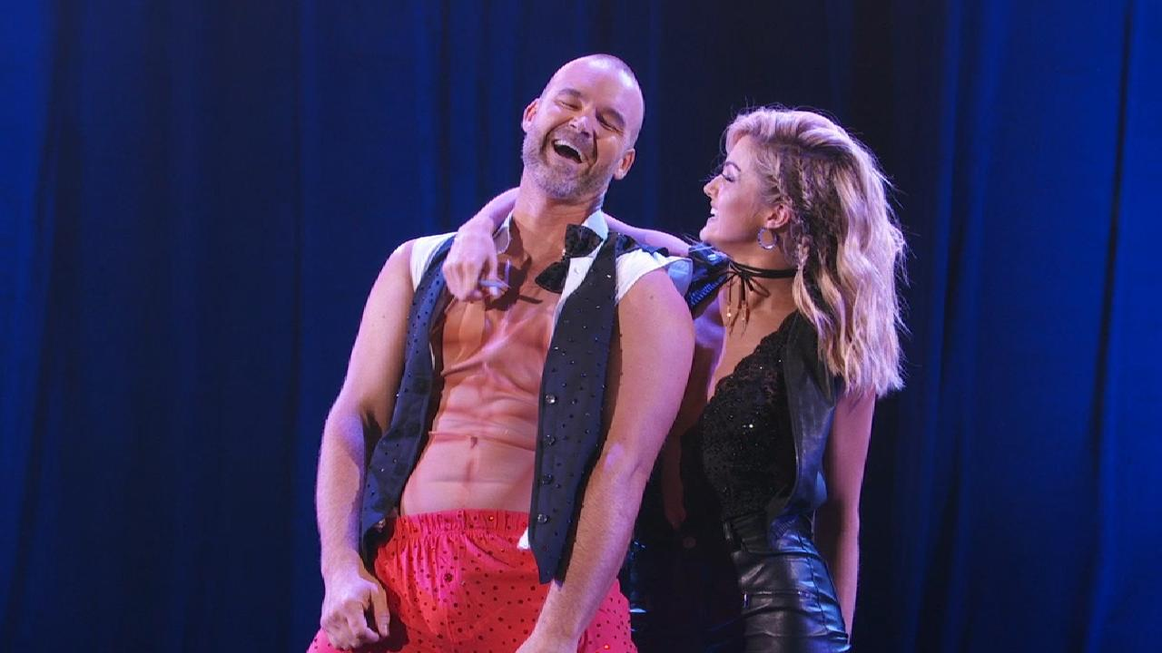 Ross dances on Week 3 of DWTS