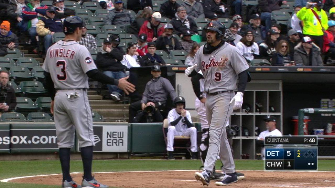 Castellanos' two-run homer