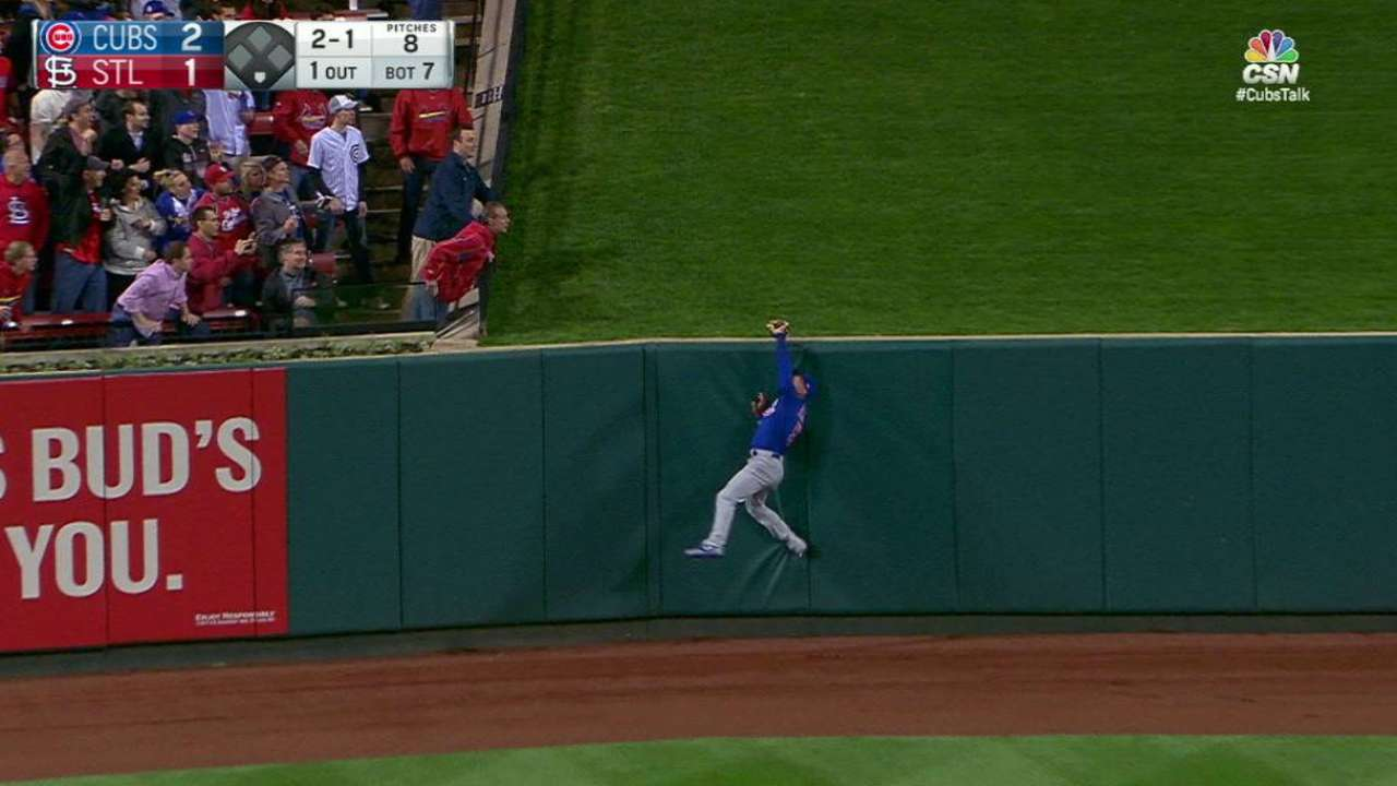 Almora Jr.'s spectacular catch