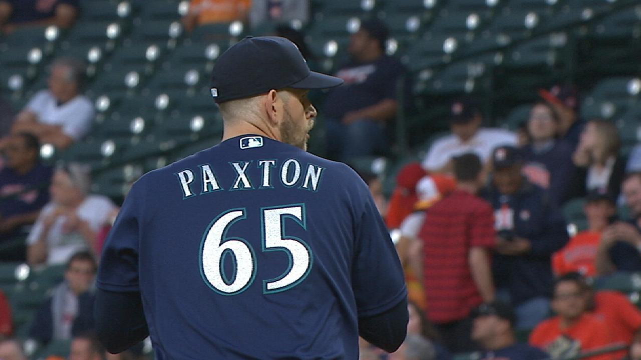 Paxton brings heat in sterling start vs. Astros