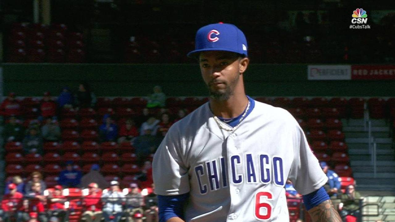 Edwards likes pressure roles in Cubs' bullpen