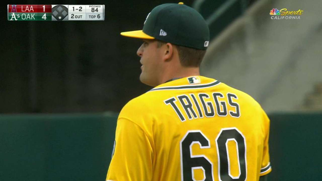Healy's HR helps A's gain split with Angels