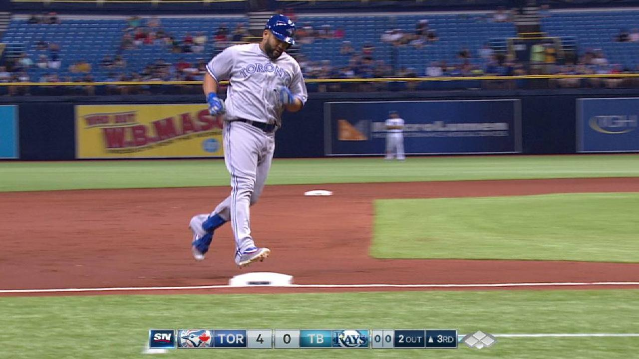 Morales' first HR for Toronto a 444-foot slam