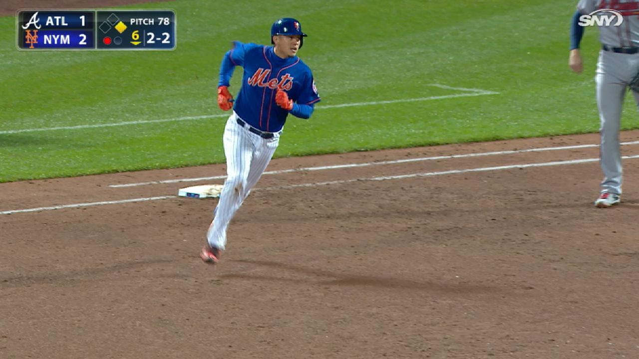 Wilmer Flores demuestra su valor en el lineup de los Mets contra los zurdos
