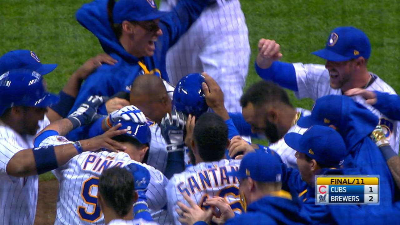 Wild win: Brewers walk off on Cubs in 11th
