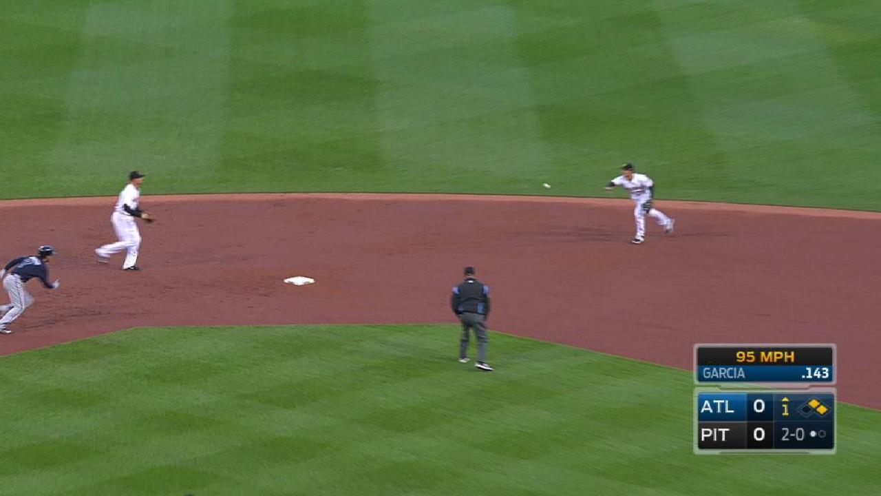 Frazier starts nice double play