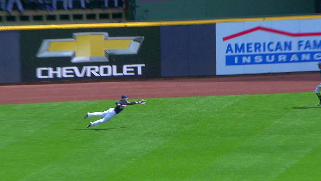 Braun's outstanding diving catch