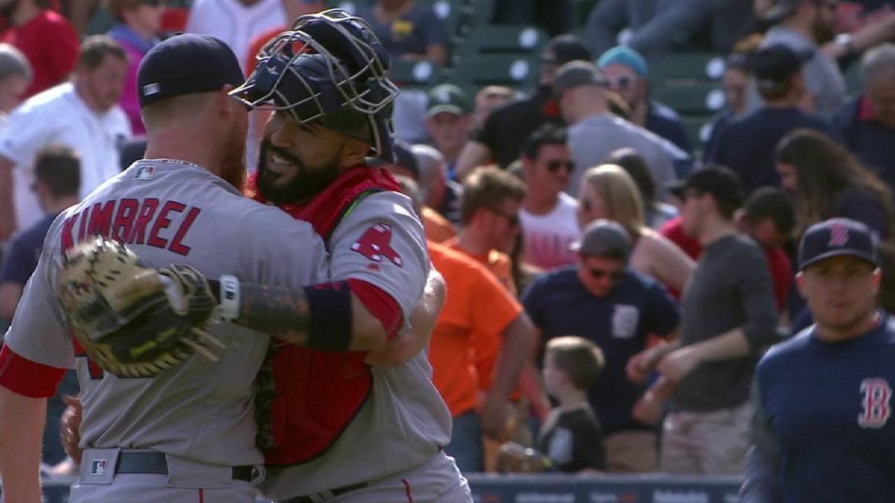 Depleted Sox dig deep to win in Detroit